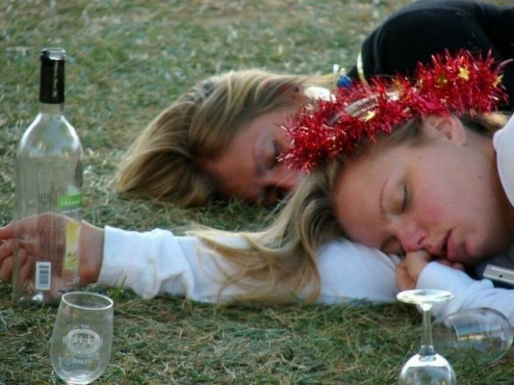 чем усыпить девушку на пьянке - 2
