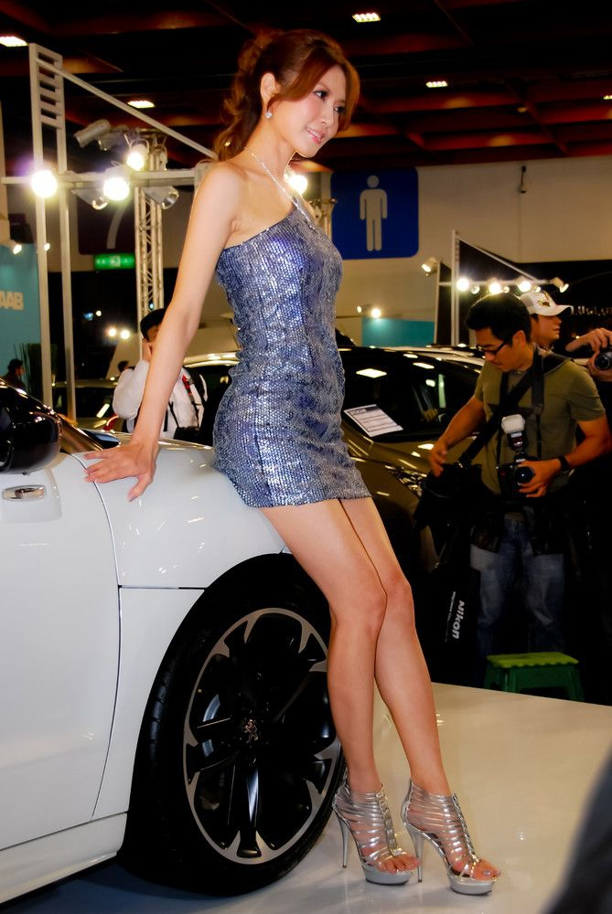 Japan car show model girls — pic 13