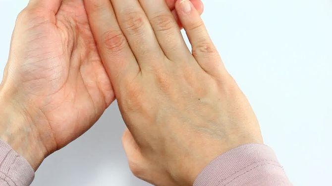 Изображение - Что будет если щелкать суставами пальцев 670px-crack-your-knuckles-step-3-preview