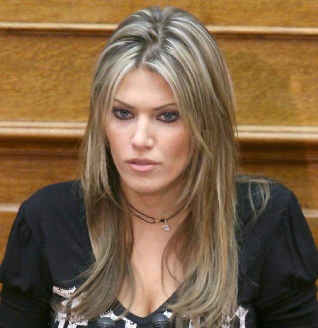 Самая сексуальная женщина политик италия