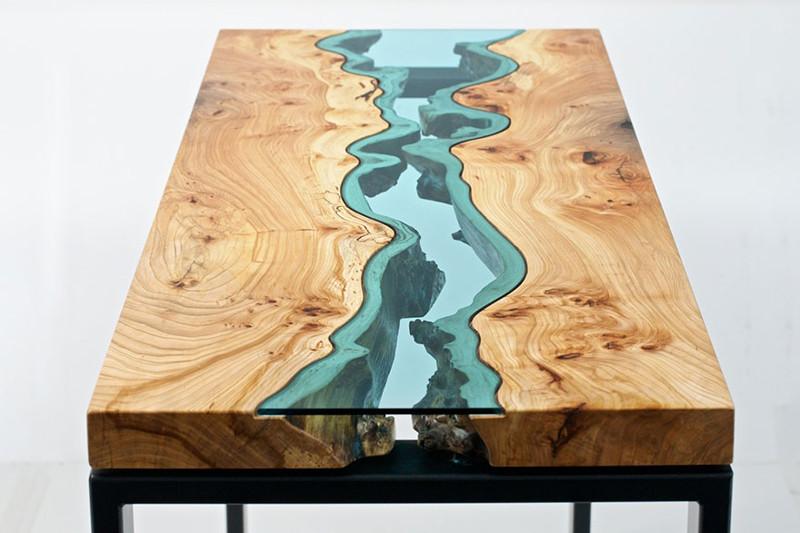 7. Стеклянный столик с натуральным деревом, выглядящий, как протекающая река. дизайн, дом, идея, креатив