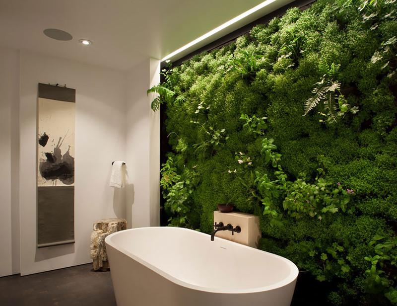 11. Зеленая живая стена из растений в ванной. дизайн, дом, идея, креатив