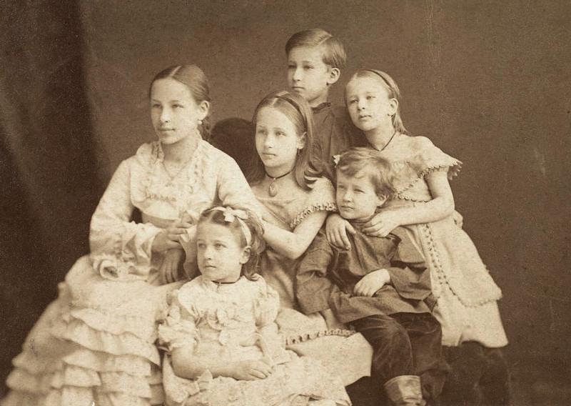 Фото семьи пушкина вместе