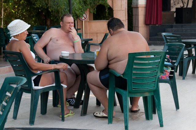 фото русских долбоебов за границей исполнять сексуальные