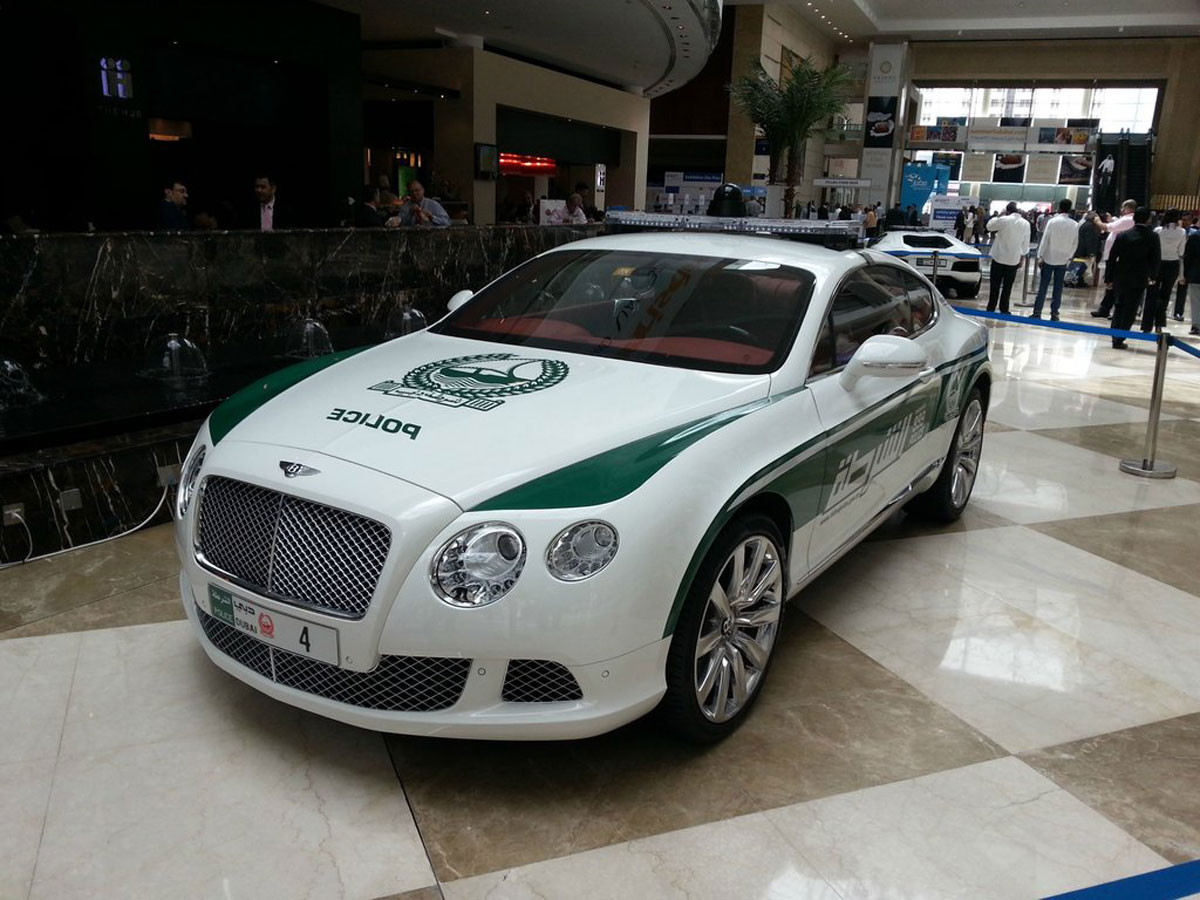 Bentley Continental GT авто, полиция Дубаи