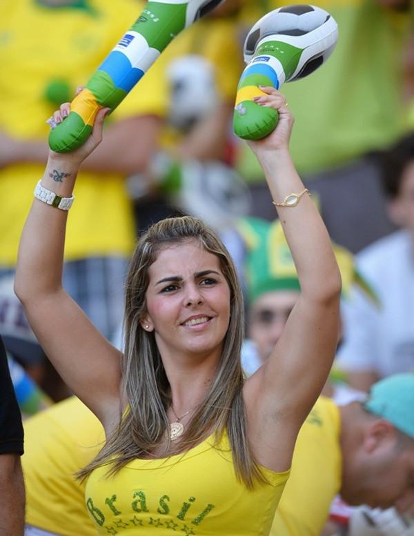 brazilian-girls-in-towels-american