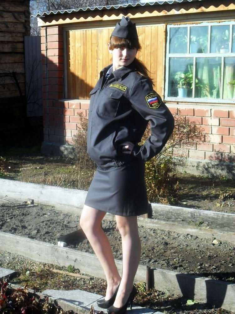 фото девушки милиции в юбках - 12