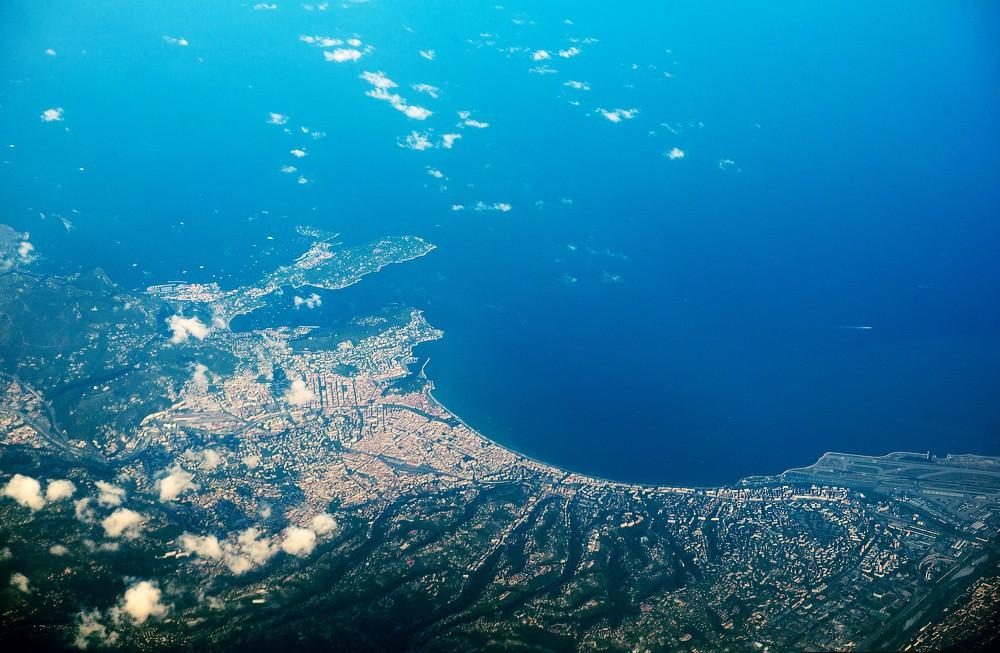 Фото моря с высоты самолета