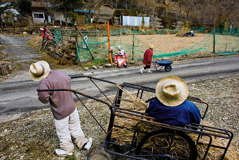 японский поселок из кукол фото рейтер кроме