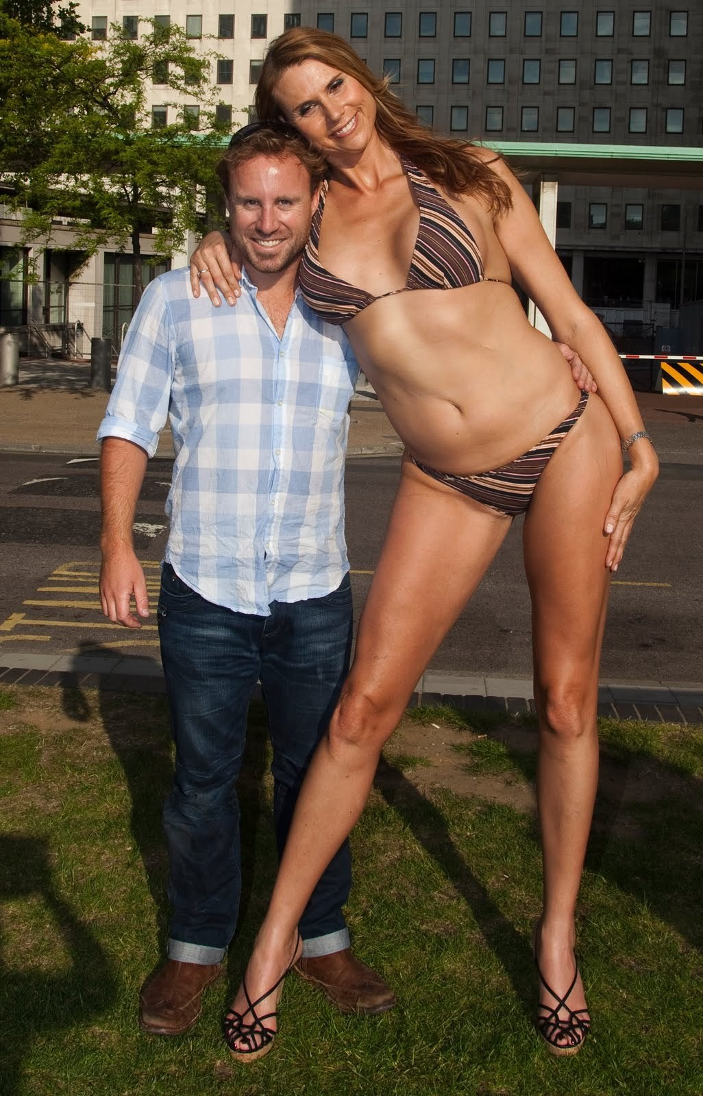 Парень и большая женщина видео 3