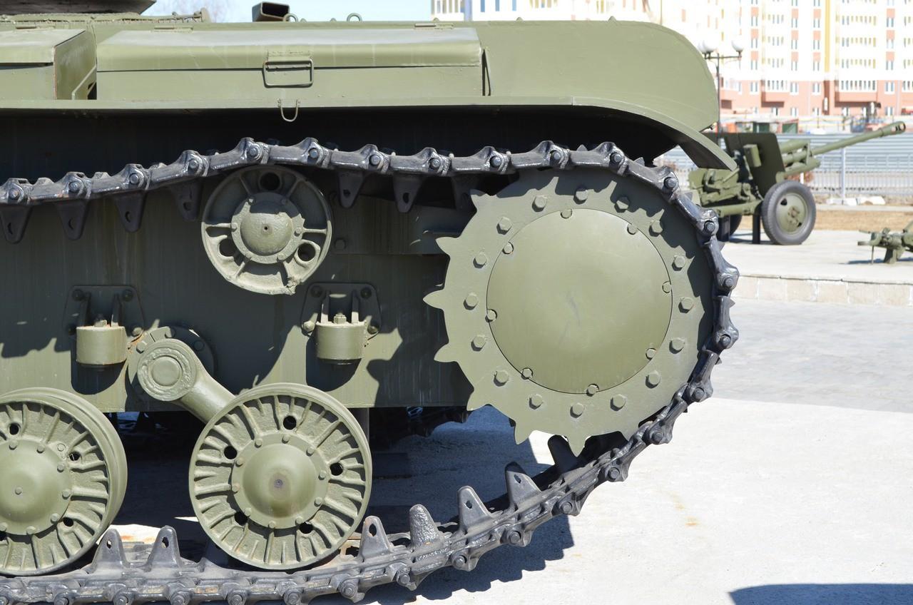 просто делаем русский танк без гусениц фото шауэр праздник
