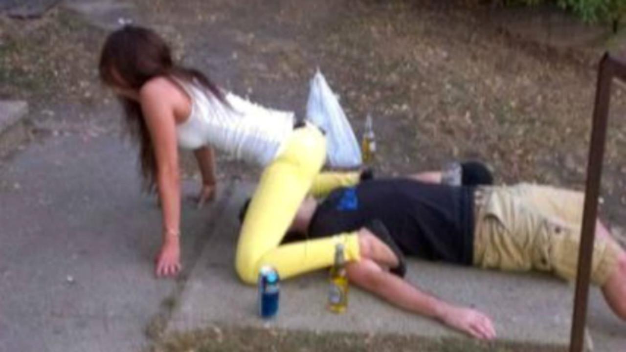 Смотреть раздели пьяную, Пьяные Порно, смотреть видео ебли с Пьяными Бабами 16 фотография