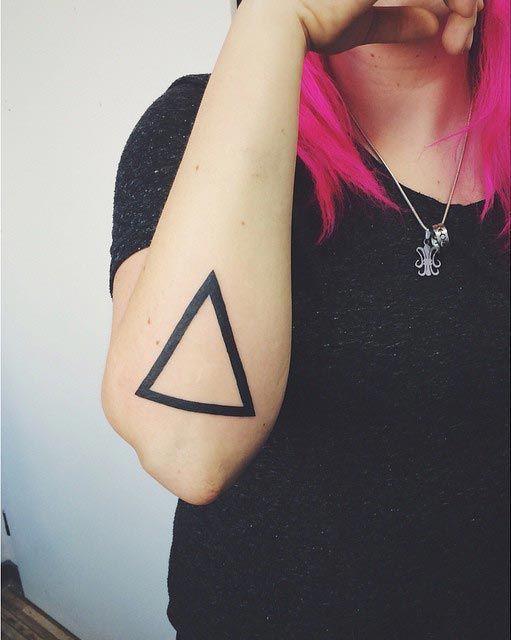 оргия что означает татуировка треугольника кругов