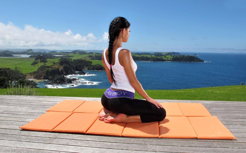 Картинки по запросу gif йога