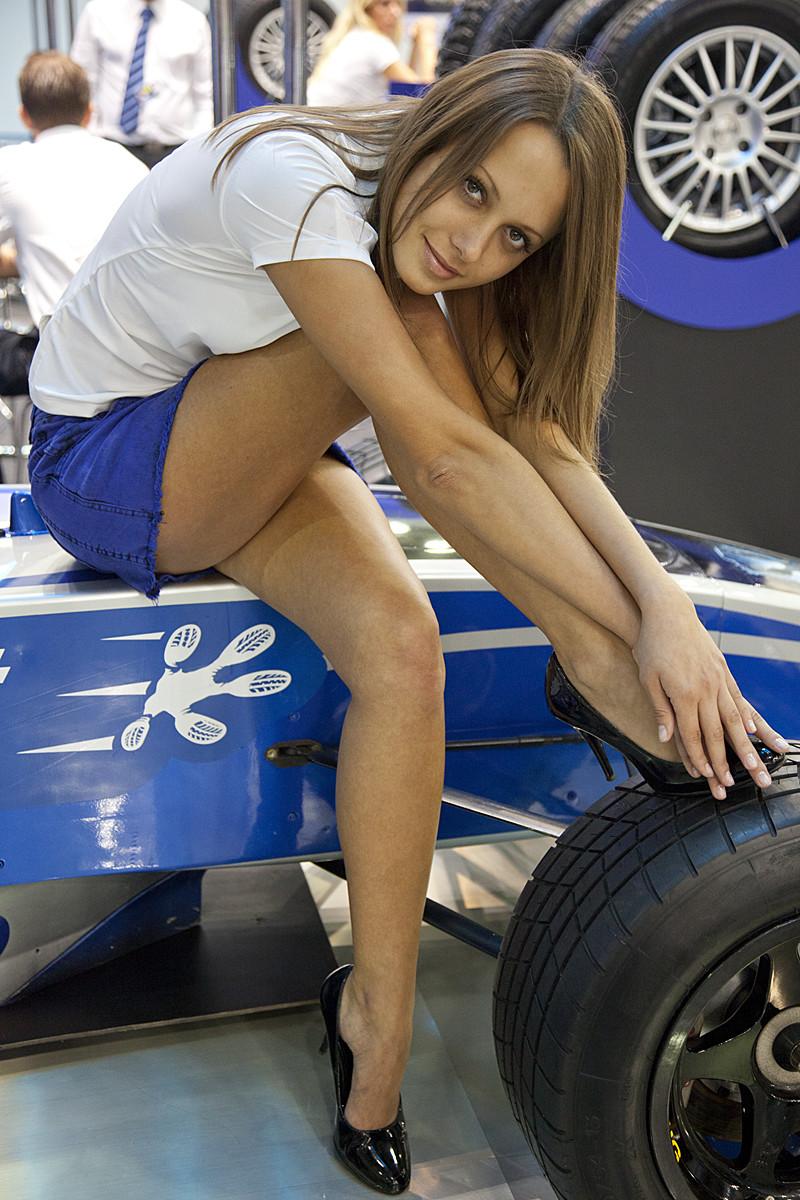авто на под фото юбками выставках