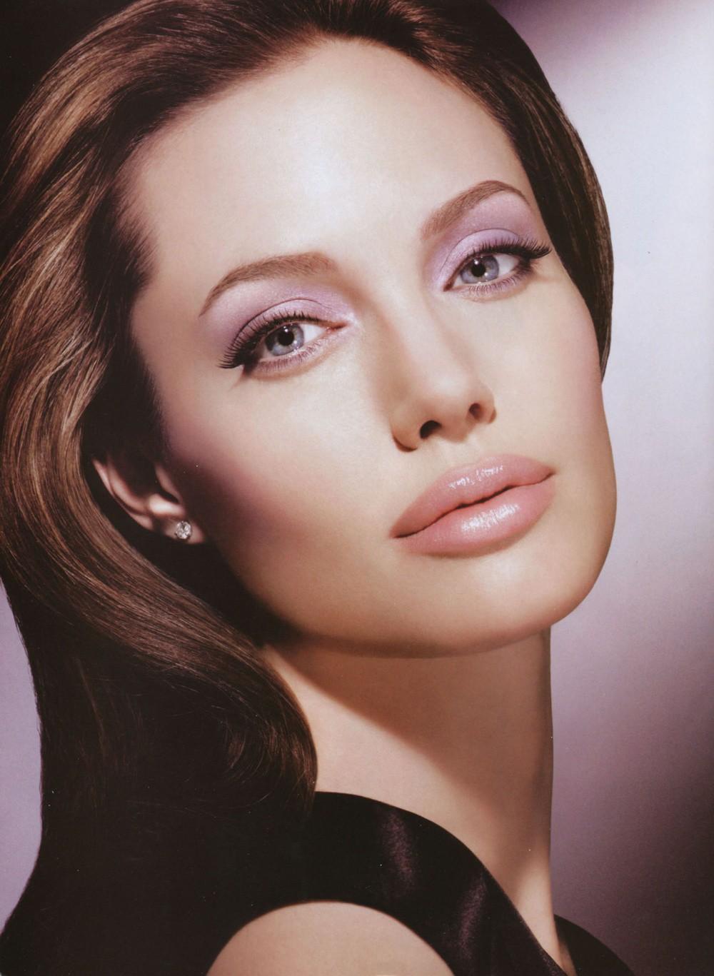 72. Анджелина Джоли девушки, факты