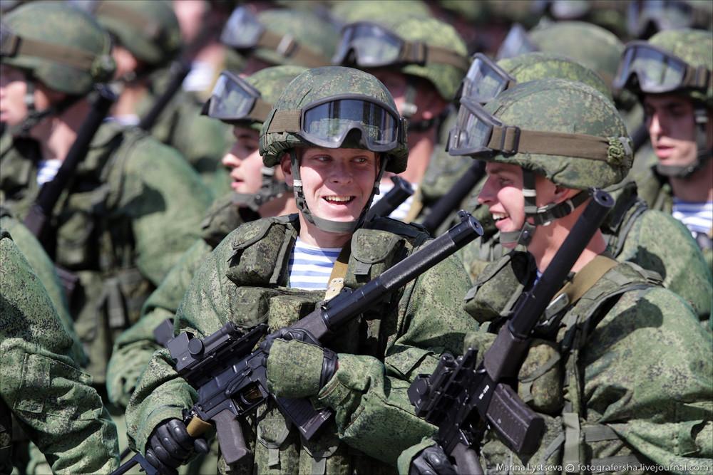 В армии мальчики становятся мужчинами – родинец Андрей Богатов