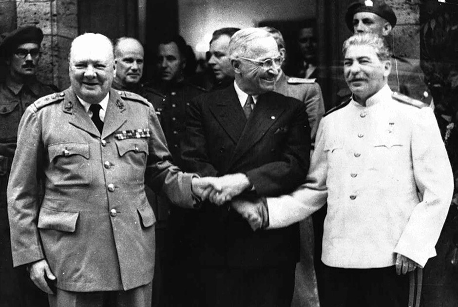 an analysis of the impact of three leaders on the outcome of world war two winston churchill frankli
