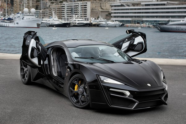 2. Lykan Hypersport авто, факты