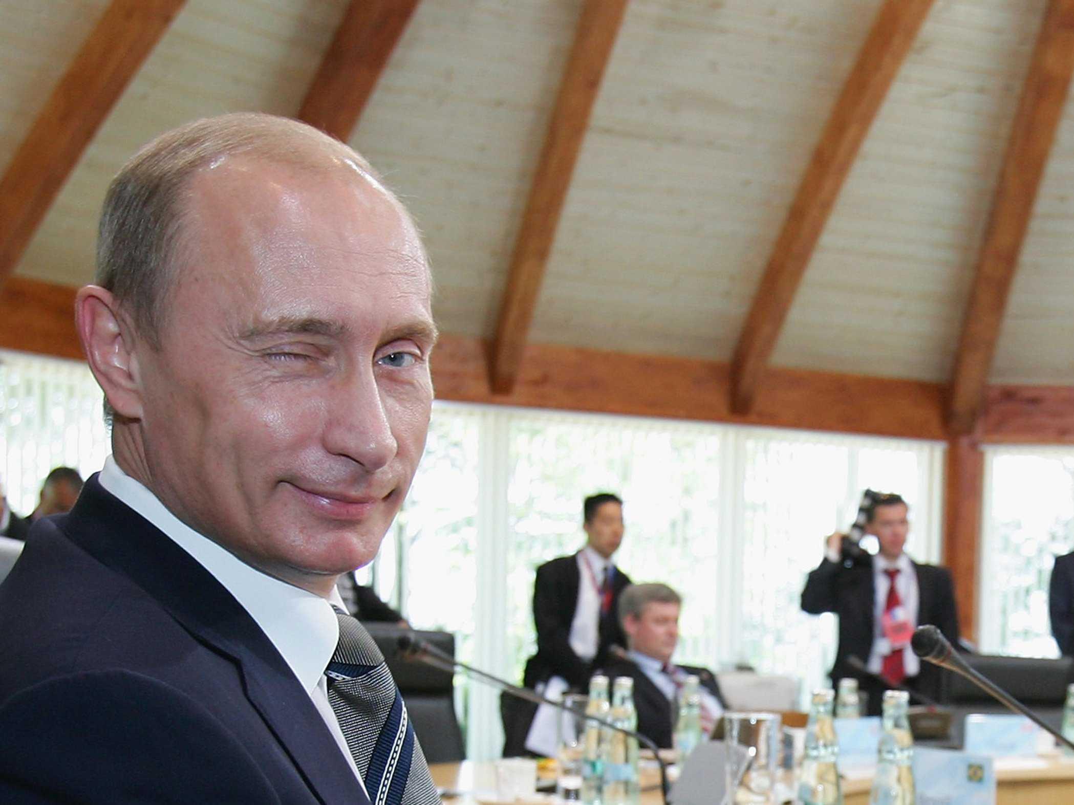 """Путин намерен """"похоронить"""" себя в день шахтера"""