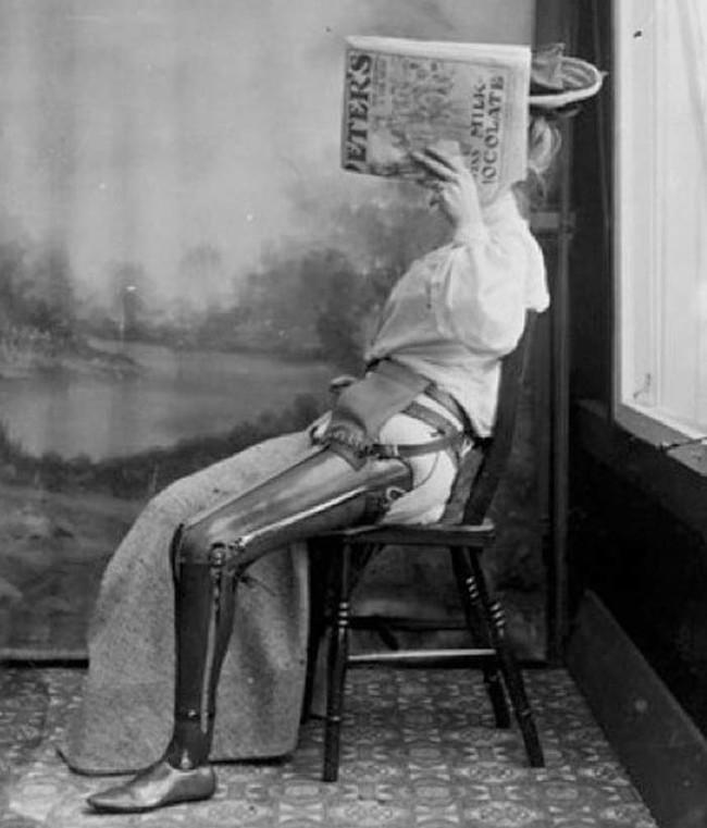 13. Протез ноги, приблизительно 1890 год медицина, ретро, фото