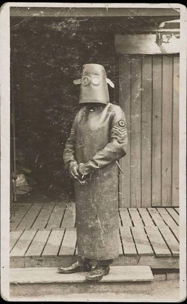 2. Костюм медсестры из рентген-кабинета, приблизительно 1918 год медицина, ретро, фото