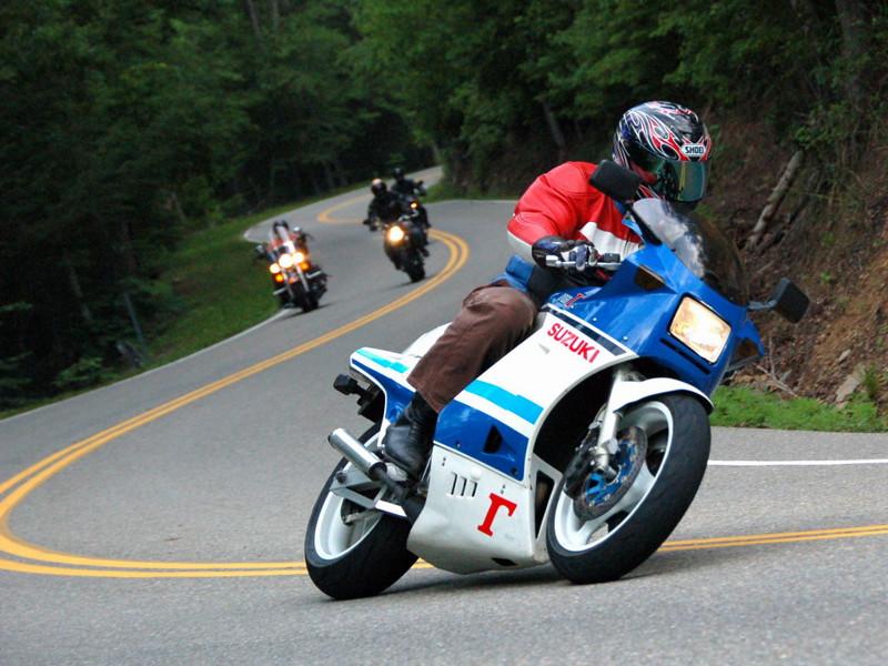 Любовное путешествие на мотоциклах