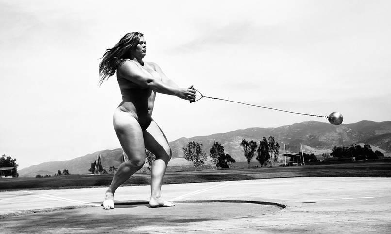 Спортсмен без одежды фото #15