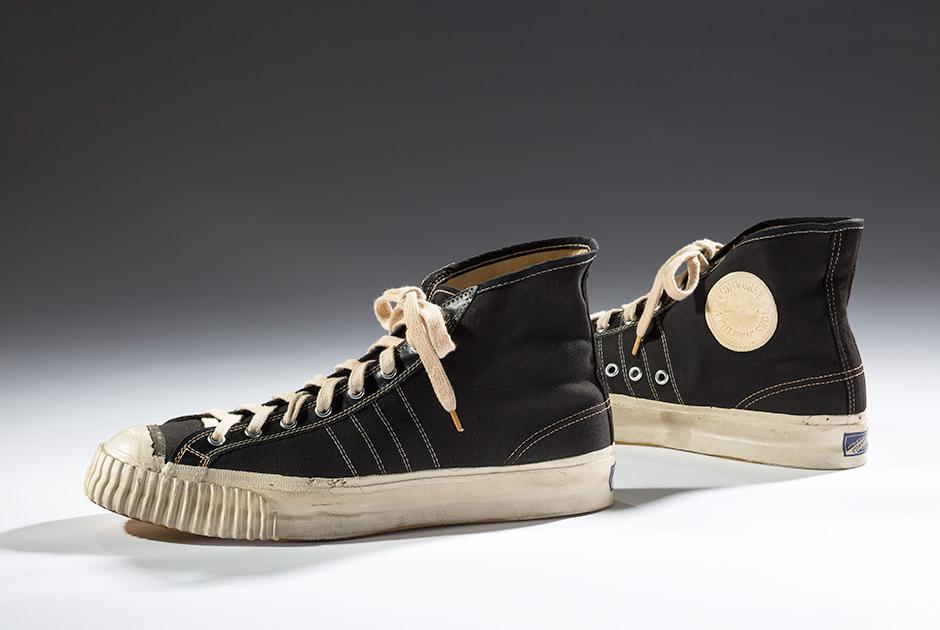 Эволюция дизайна кроссовок за 200 лет в 20 фотографиях 9bfa104c492d7