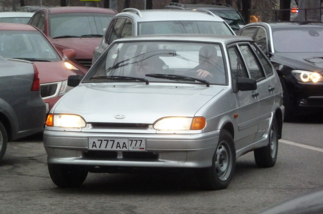 Машина на казахстанских номерах в россии