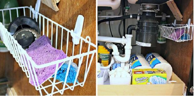 4. Повесьте в шкафу под раковиной корзинки кухня, обустройство