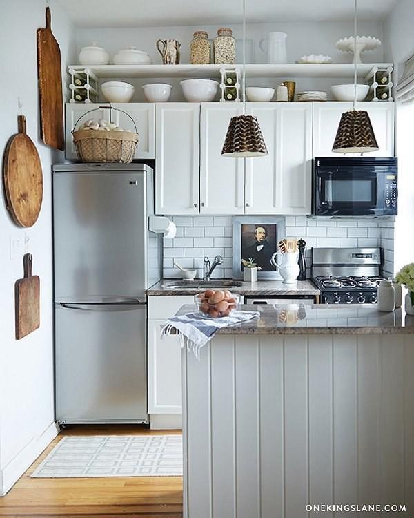 29. установите дополнительные полки между потолком и шкафчиками кухня, обустройство