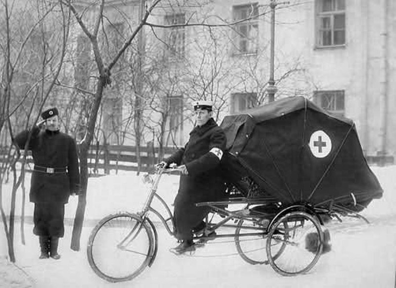 4. Велокарета скорой помощи, начало XX века. интересное, удивительные фотографии, фото