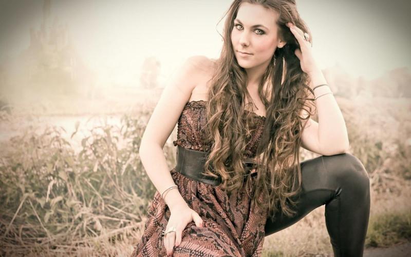 Elize Ryd красотки, рок