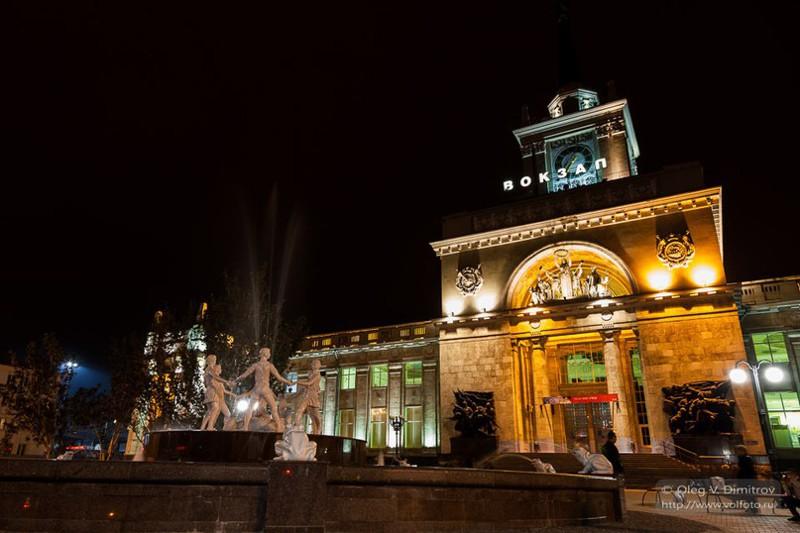 реставрации монархии фото вокзала в волгограде ночью отравлении