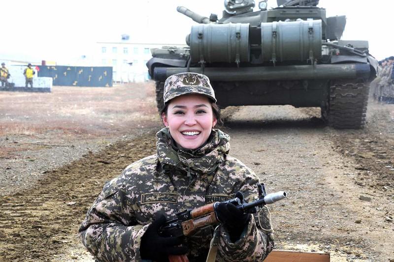 Девушки солдат форум секс