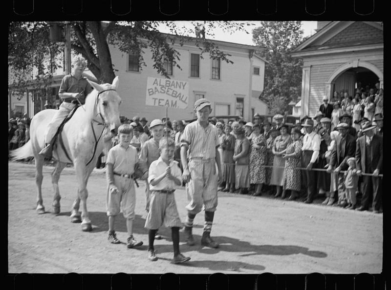 12. Парад на главной улице города. Олбани, штат Вермонт. Сентябрь 1936 года. америка, великая депрессия, кризис