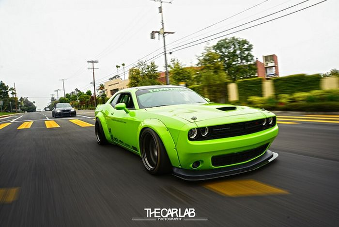 "Шоу-кар Dodge Challenger по прозвищу ""Халк"" Liberty Walk, challenger, dodge, тюнинг"