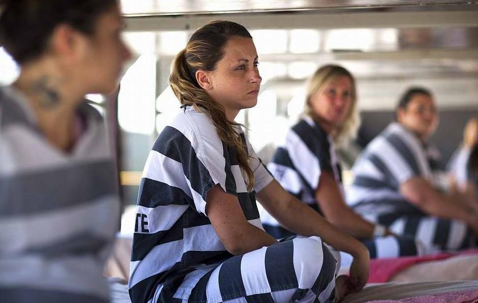 Смотреть фильм сексуальная жизнь женщины в российской тюрьме