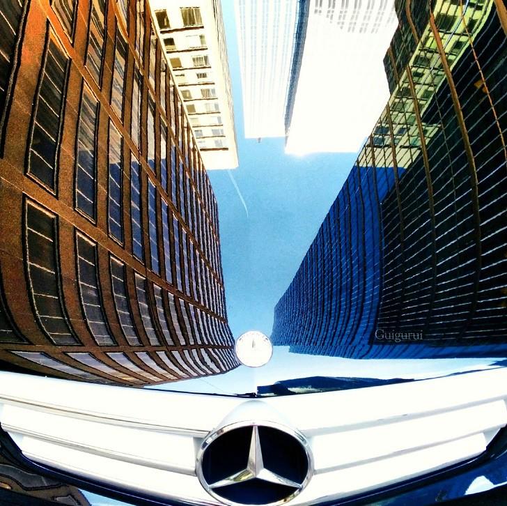 4. «Мерседес» в Торонто, Канада лужа, отражение, фото