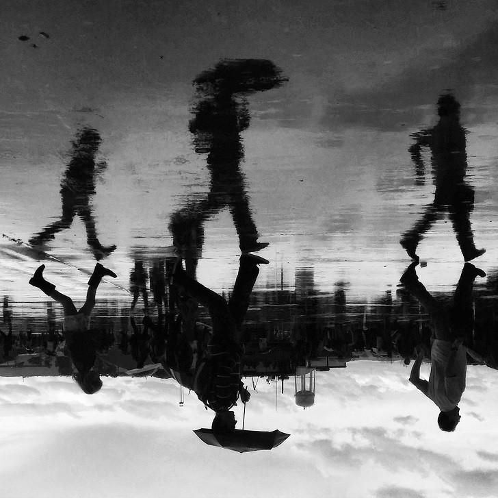7. Кадр, сделанный во время авиашоу на военной базе в Мадриде лужа, отражение, фото