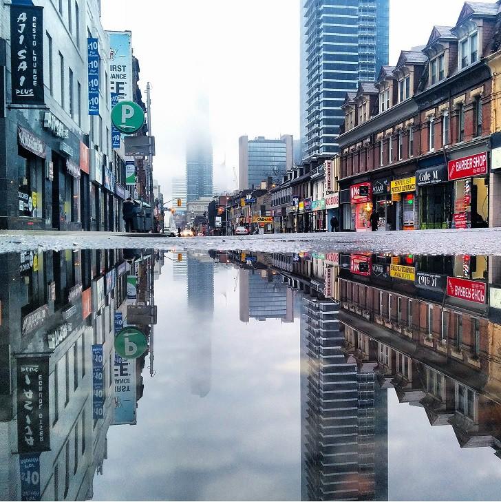 9. Самая длинная улица в мире в Торонто, Канада лужа, отражение, фото