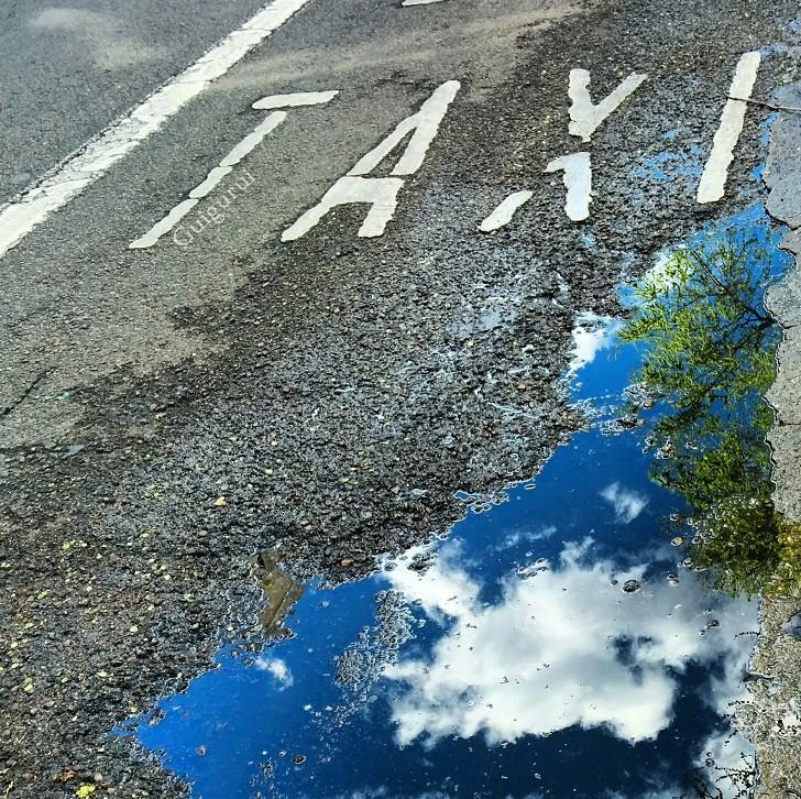 12. Небо лужа, отражение, фото
