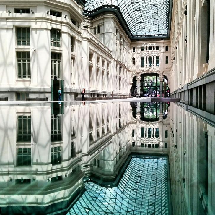 14. Дворец Сибелес лужа, отражение, фото