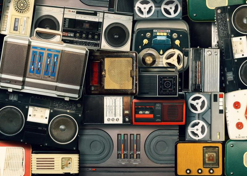3. Мы заказывали песни на радио жизнь, интернет, реалия