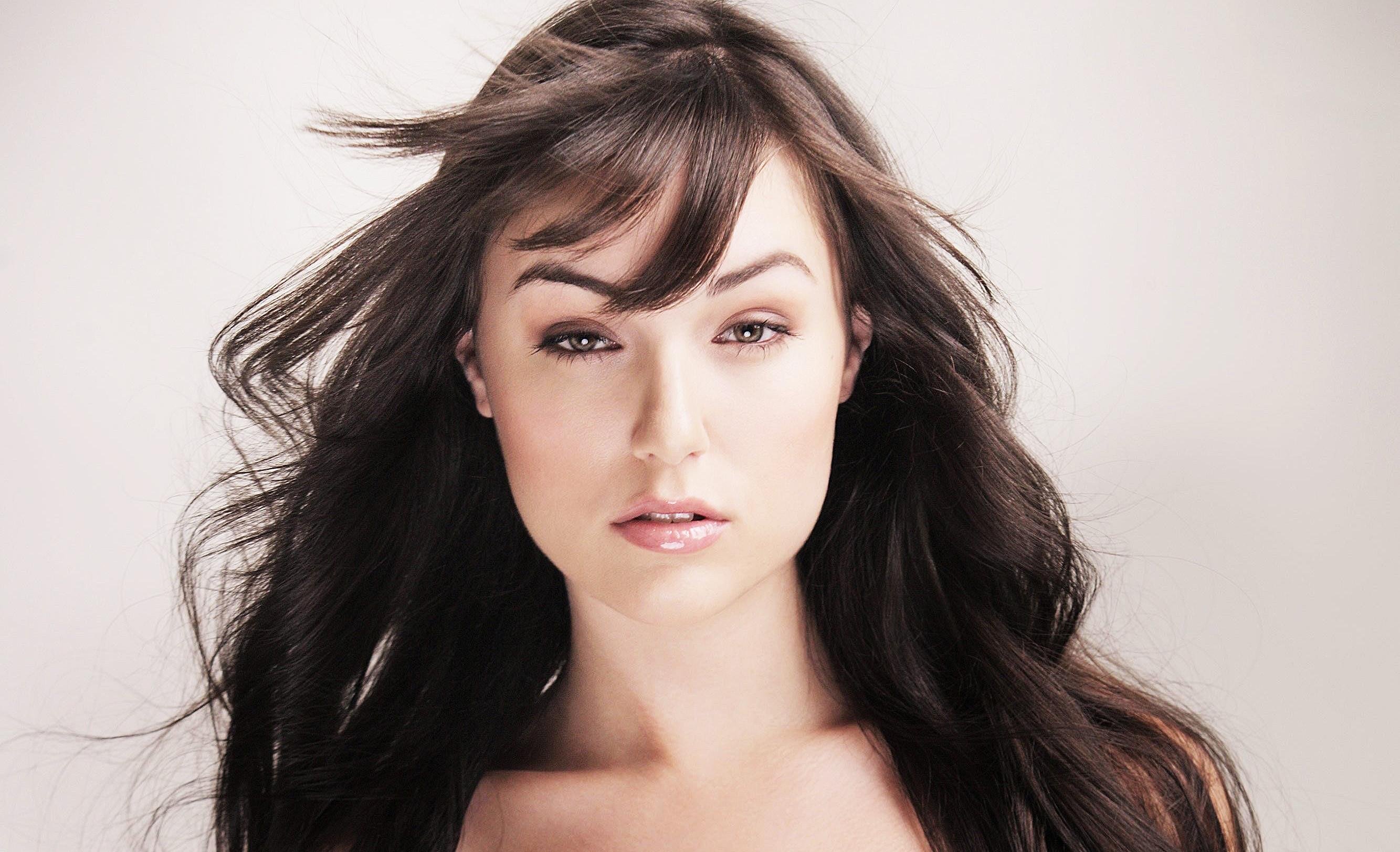 kazanskaya-porno-aktrisa-sandra-krasivie-telki-chastnoe-porno