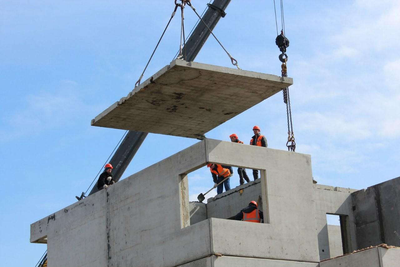 Как строят современные многоквартирные панельные дома.