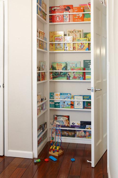 29. Сделайте за дверью полочки для книг кухня, хранения