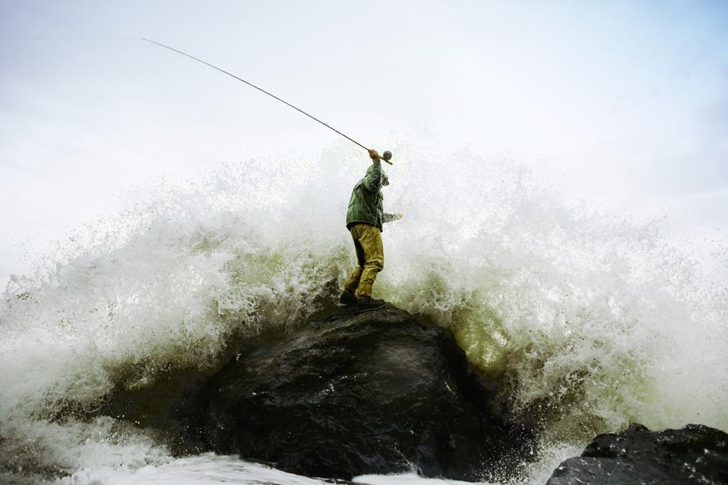 Пропавшие в Охотском море рыболовецкие суда ищут с воздуха