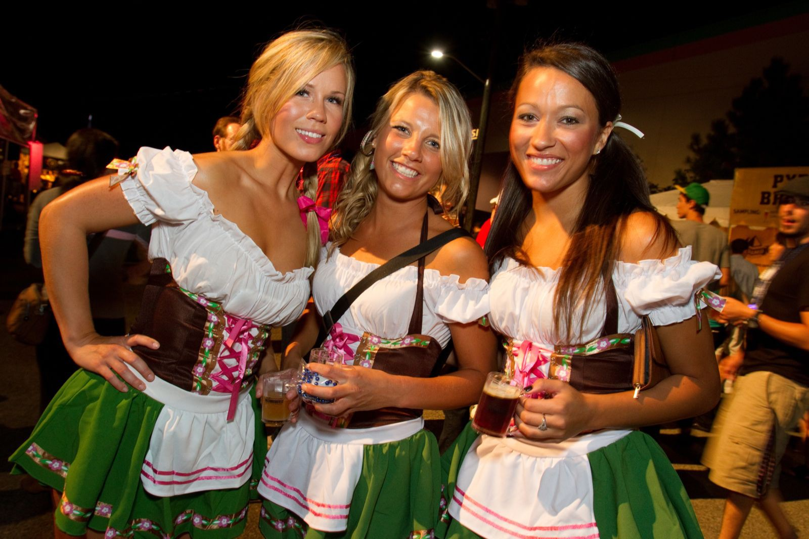 три сексуальные немки